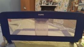 TOMY blue bed guard