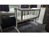 Baby swinging crib/cot nice condition