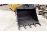 Brand new unused 4 ft GP/ digging bucket for 13 ton excavator 65mm pins