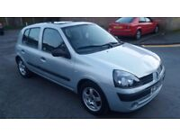 1.2renault clio 5 door 2004 petrol manual 103000 mile history mot 7/3/18 hpi clear 12 month aa cover