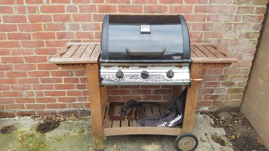Beef master BBQ and 15kg gas bottle