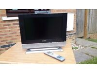 """17"""" wide Screen TV with free View channelss"""