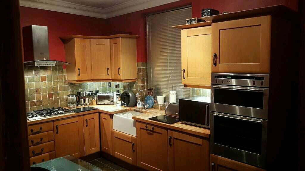 QUALITY MOBEN KITCHEN UNITS AND WORK SURFACE in Horbury West