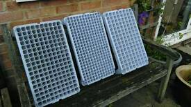 Multi cell stacking seed trays x3