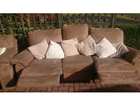 Lovely brown suite 3 seater recliner sofa + electric recliner armchair (brown suede)