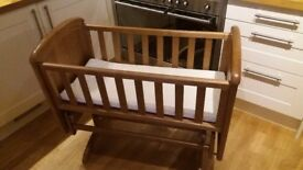 TROLL GLIDING CRIB Antique Birch Glider Baby Bassinet Cot
