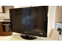 "LG TV HD Ready (32"")"