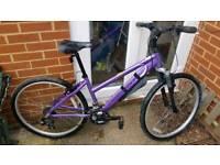 Landrover ladies bike
