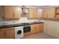 5 bed flat,garden,free parking,zone 2 bitween Stoke Newingtwon and South Tottenham.with contract