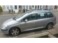 Peugeot 307 sw 7 seater estate , panoramic glass roof