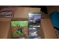BRAND NEW,SEALED Xbox One Minecraft Creepers controller Plus game with bonus pack