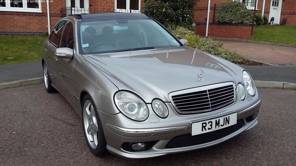 2003 53 mercedes benz e320 cdi avantgarde amg packet solar roof fsh in bolton manchester. Black Bedroom Furniture Sets. Home Design Ideas