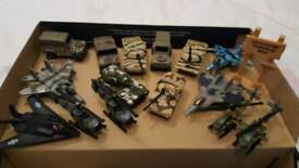 shoe box or small army toys