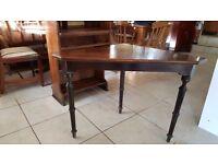 Stunning Corner Table - Good Condition
