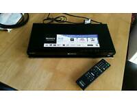 Sony BDP-S570 Blue Ray player 3D and Wifi