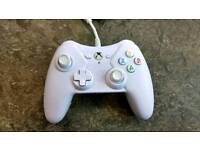 White Wired Xbox One and 360 Controller