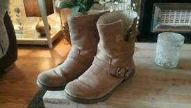 Topshop suede boots size 4