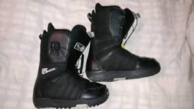 Burton Moto Snowboard Boots UK 5
