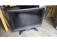 Sharp Aquos LC-32BT8EA 720p 32 inch LCD TV, No Remote Control