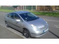 Toyota Prius 2005 HYBRID Automatic. Full Leather Seats. Fuel 65 M/G. Service history.Good condition
