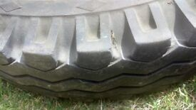 Landrover series III SWB wheels and tyres