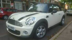 MINI ONE Convertible ONLY 32000 miles