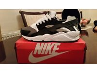 Huaraches only size 8.5