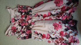 Parisian collection/ new look dress, flowery and stunning! Size 10.