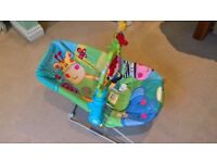 FisherPrice vibrating / musical bouncer chair