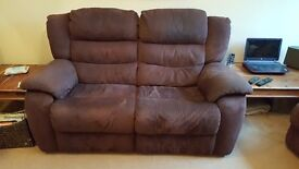 Dfs vetta curved settee and electric reclining chair