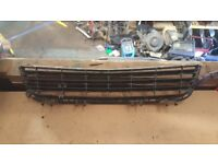 2005 VAUXHALL ASTRA HATCHBACK DIESEL OR PETROL FRONT BONNET OR BUMPER GRILL LUTON £35