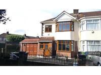 3 bedroom house in Felstead Road, Herts, EN8 (3 bed)