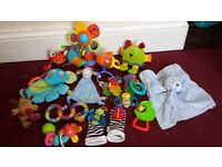 BUNDLE OF BABY RETTLE TOYS