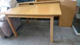 Light Wood Extendable Dining Table