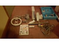 Nintendo WII with controller and accesories