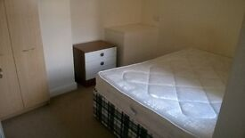 NewCastle -4BHK- House 4 Sharing - 2 vacancies -Hosts 2 working Indians now- 350 GBP