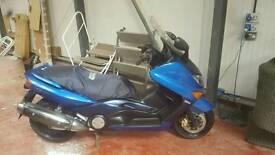Yamaha tmax 500cc scootet