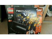 LEGO TECHNIC RC VOLVO L350 FRONT LOADER