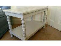 Shabby Chic table/tv display unit