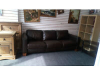 BEAUTIFUL BROWN 3 SEATER SOFA REALLY NICE QUALITY LEATHER GOOD CONDITION VIEWING WELCOME