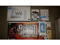 Nintendo wii console boxed, guitar hero, wii play, grand slam tennis, nunchuck, excellent condition