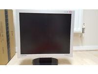 """Samsung SyncMaster 193V 19"""" LCD Monitor"""