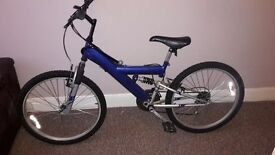 Apollo Small Adult/Teen Mountain Bike