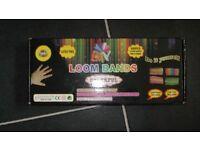 BNIB 600 Piece Loom Band Set