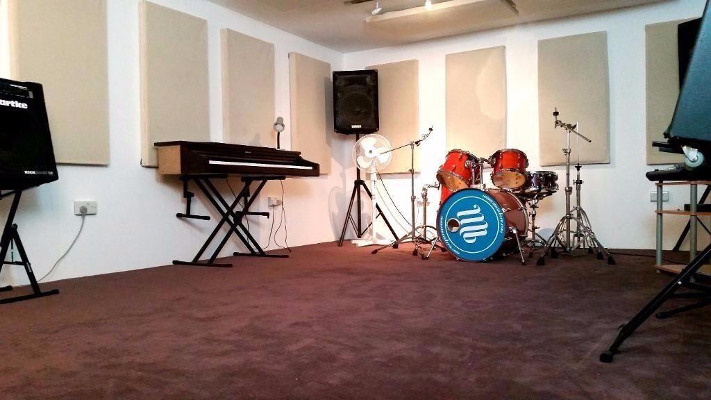 Professional music studio in the heart of Dalston