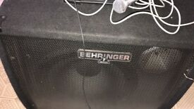 Behringer ultratone k3000fx keyboard/pa amplifier
