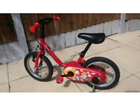 Excellent condition Unisex bicycle for 3-6 year old with detachable stabilisers - from 2014