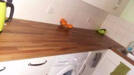 Kitchen worktop Iroko Block – *BARGAIN* NEWLY BOUGHT 3Metres Wkp2760