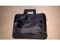 Dell laptop case/Brief case, Black