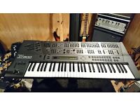 Roland JD 800 Synthesizer in exellent condition. All original no repairs.